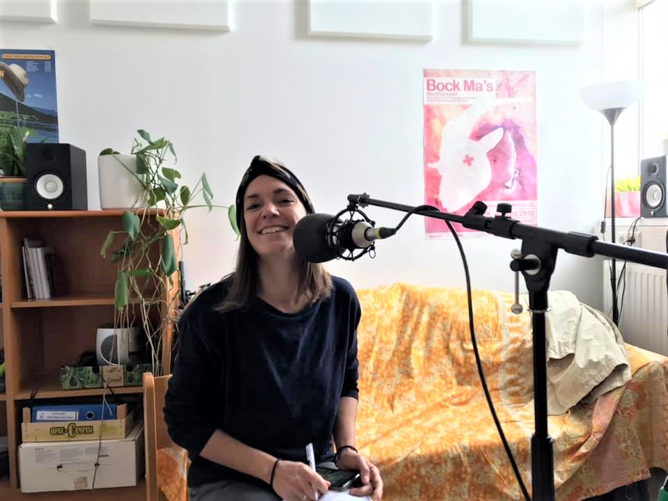 Julia im Radio